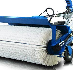 Rotierende Kehrmaschine Anbauteil MultiOne Knicklader